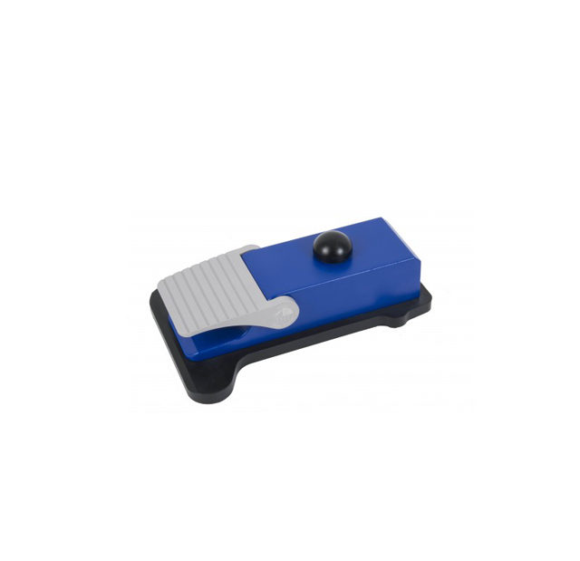 Wireless foot pedal control